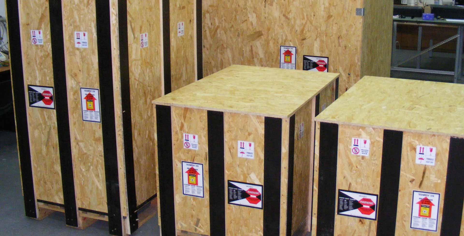 Опаковане на стоки и товари за въздушен транспорт
